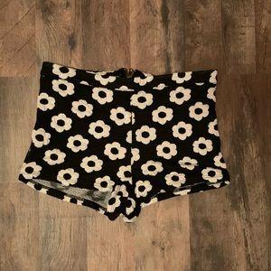 LA Hearts PacSun cheeky shorts Size M